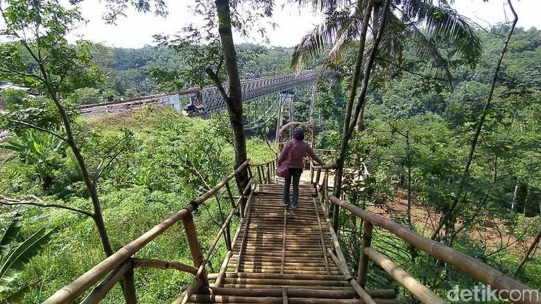 Wisata Lebuci atau Lembah Bukit Cirahong Ciamis