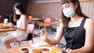 Cara Aman Menyimpan Masker Saat Mau Makan, Ini Kata Dokter