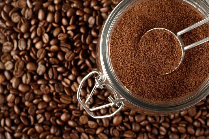 lebih baik biji kopi atau kopi bubuk