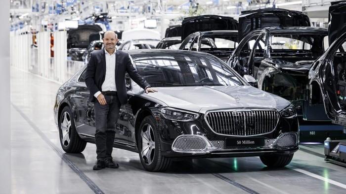 Mercedes-Benz mencapai produksi mobil ke-50 juta.