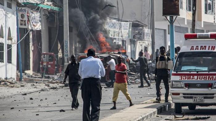 Bom Mobil Meledak di Somalia