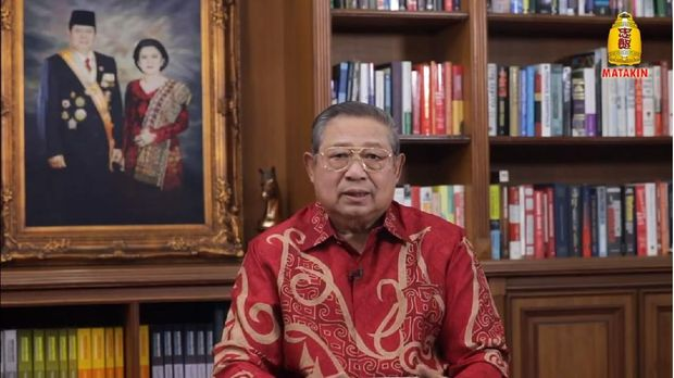 Presiden ke-6 Susilo Bambang Yudhoyono di acara perayaan imlek virtual