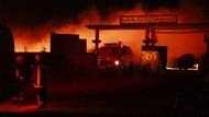 Ratusan Truk Gas Alam Terbakar di Perbatasan Iran-Afghanistan
