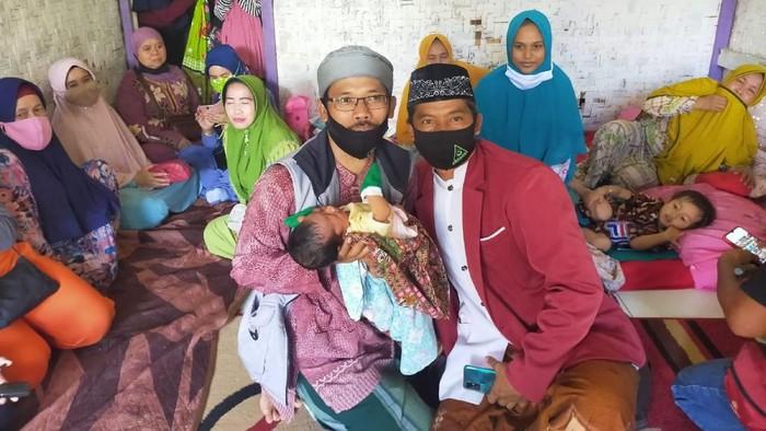 Seorang perempuan di Cianjur lahirkan bayi tanpa merasa hamil