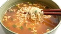 Sering Makan Mie Instan Kena Tumor Payudara hingga Tips Diet Para Artis Korea