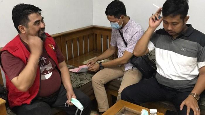 Tim Kejaksaan menangkap buronan kasus penipuan Andrea Dewa Putra