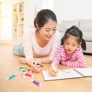 3 Aktivitas Seru dan Aman buat Si Kecil di Dalam Rumah