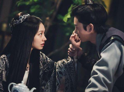 Lee Ji Hoon dan Choi Yoo Hwa