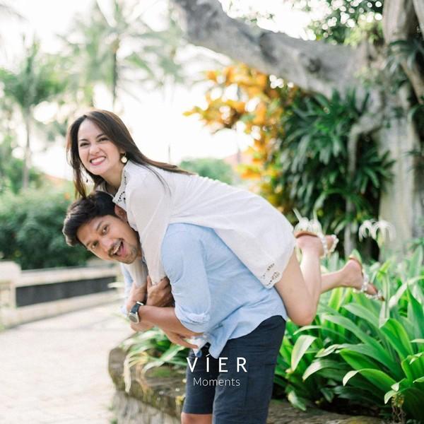 Intip 8 Momen Romantis Ibnu Jamil dan Ririn Ekawati saat Bulan Madu di Bali