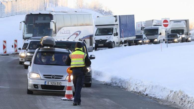 Jerman Perketat Perbatasan