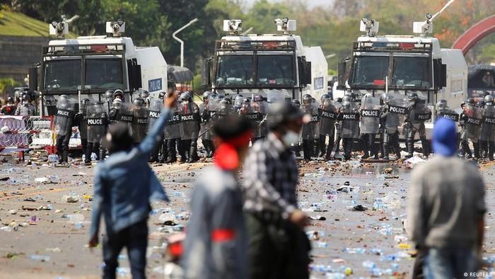 Kedubes Negara Barat Memperingatkan Militer Myanmar untuk Hindari Kekerasan