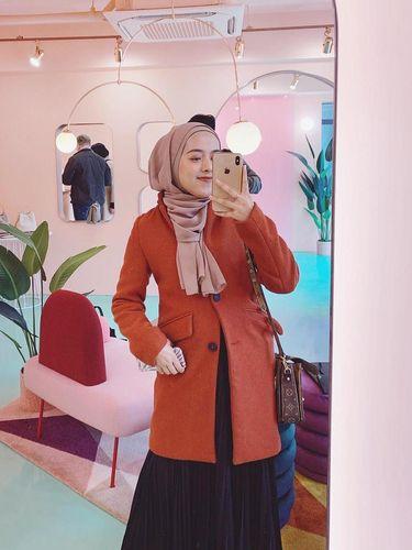 Shafiyya Nurjanah pemilik bisnis online Herways_id