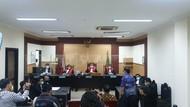 Ari Askhara Divonis 1 Tahun Bui Percobaan 20 Bulan di Kasus Brompton-Harley