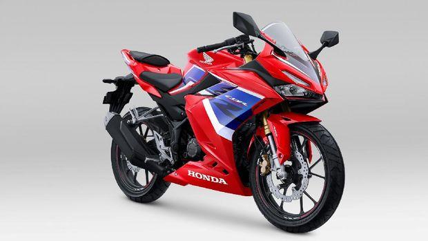 Honda CBR150R Tricolor