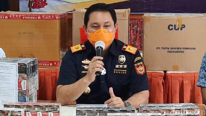 Kepala Kantor Pengawasan dan Pelayanan Bea dan Cukai Yogyakarta Hengky Aritonang, Selasa (16/2/2021).