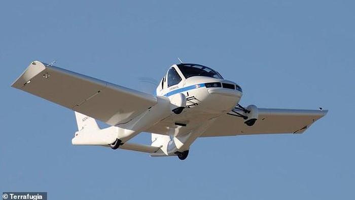 Kini mobil terbang sudah mendekati kenyataan. Impian zaman dulu ini diperkirakan siap meluncur tahun 2022.