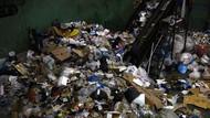 Penampakan 47 Ton Sampah Jaring-Plastik Diangkut dari Kepulauan Hawaii