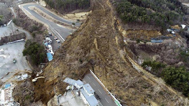Sirkuit Ikonik di Jepang 'Terkubur' Setelah Gempa M 7,1