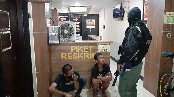 Dua pelaku pencurian sepeda di Depok ditangkap Tim Jaguar.
