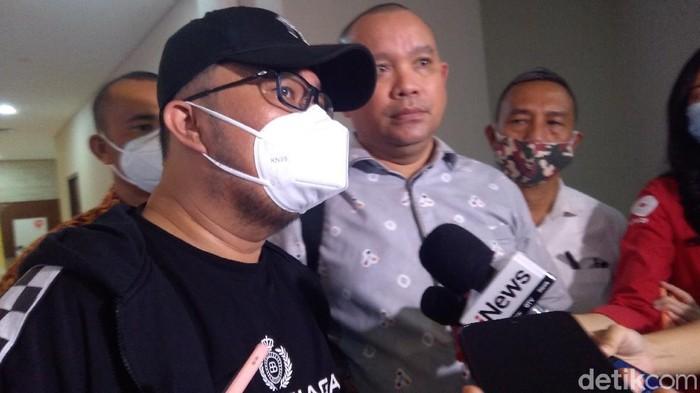 Fredy Kusnadi mengaku melaporkan Dino Patti Djalal ke Bareskrim terkait dugaan penyebaran hoax (Adhyasta/detikcom)