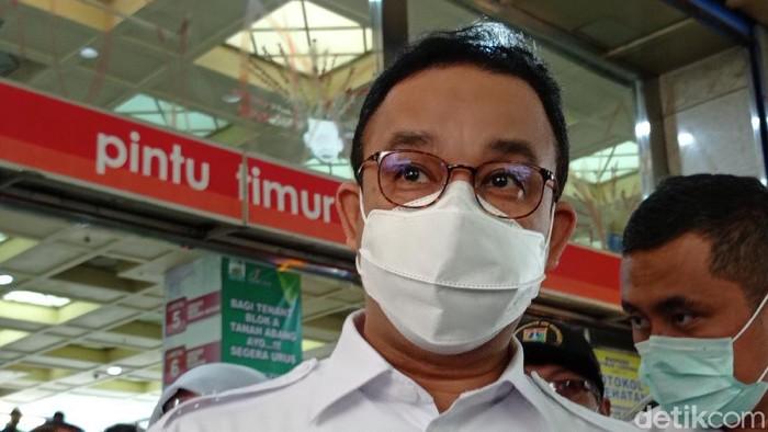 Gubernur DKI Jakarta Anies Baswedan di Pasar Tanah Abang.
