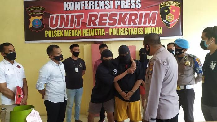 Konferensi pers pengungkapan kasus pencurian rumah dan sepeda motor di Medan