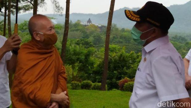 Kunjungan Menko PMK ke Candi Borobudur hari Rabu (17/2/2021)