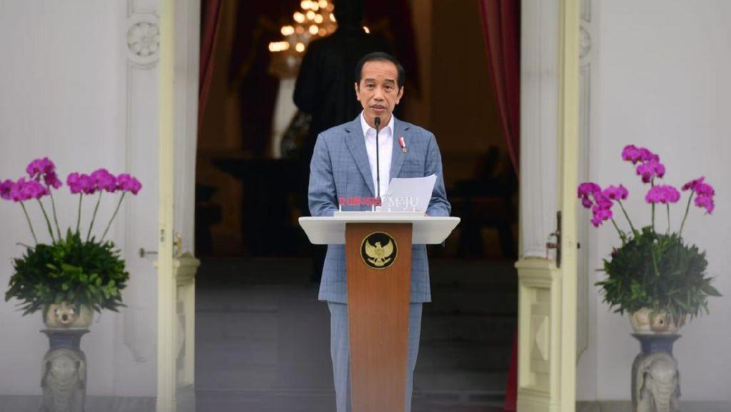 Jokowi Pastikan Vaksinasi Tetap Lanjut di Bulan Puasa