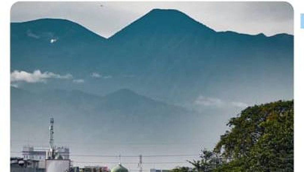 Foto Viral Gunung Gede Memang Asli, Cuma Dipoles Olah Digital
