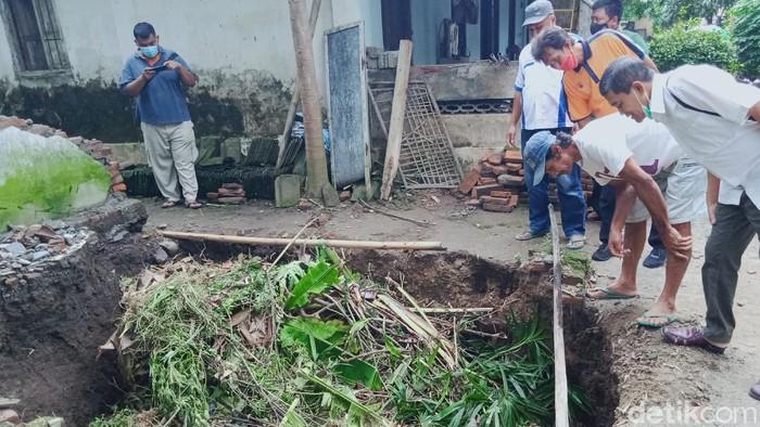 Sumur warga di Desa Jungkare Kecamatan Karanganom, Klaten, Rabu (17/2/2021).