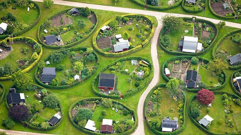 Taman Oval di Denmark