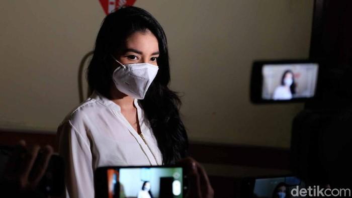 Tsania marwa saat menjalani sidang mengenai hak asuh anak di PA Cibinong,  Jawa Barat, Rabu (17/02)