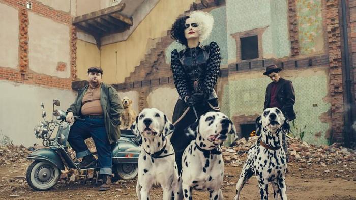 Emma Stone di film Cruella