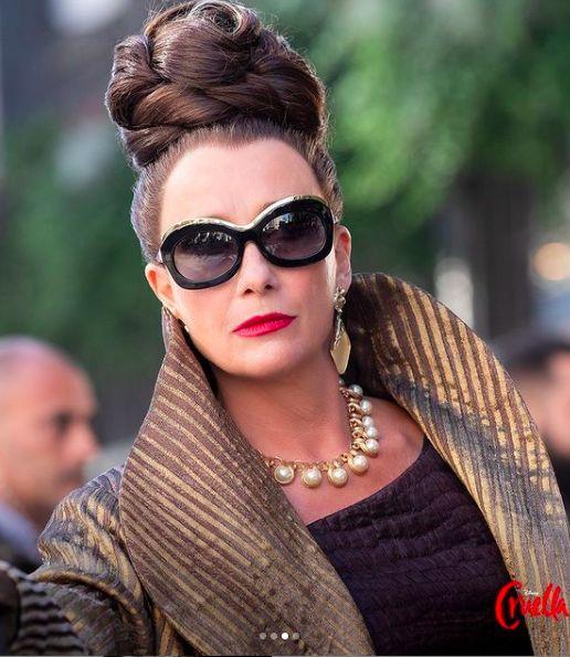 Emma Stone sebagai Cruella