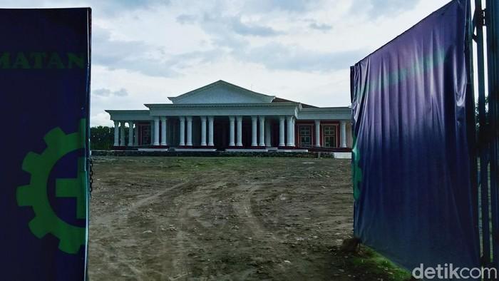 Gedung yang diwacanakan bernama Grha Megawati di Klaten, Kamis (18/2/2021).