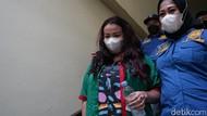 Orang Tua Ajun Perwira Pertanyakan Penahanan Jennifer Jill