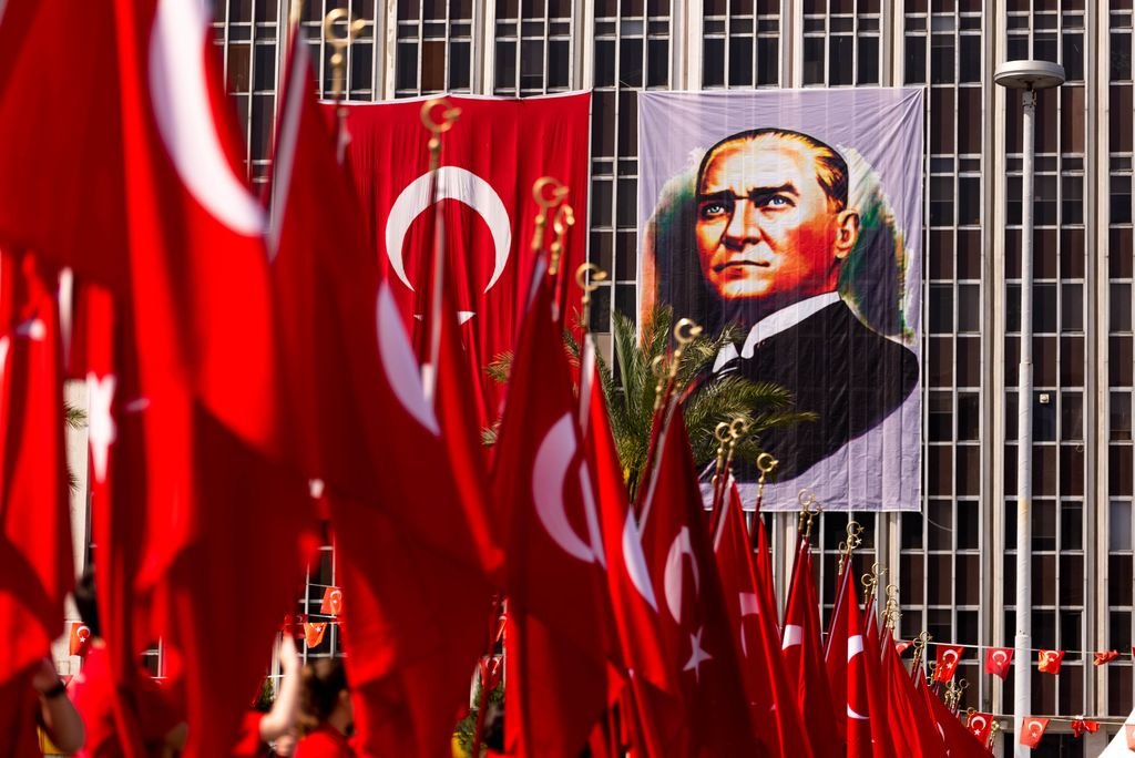 Perayaan 19 Mei 2019 Memoriam of Mustafa Kemal Ataturk, Youth and Sports Festival Izmir Konak Turkey. Republic Square.