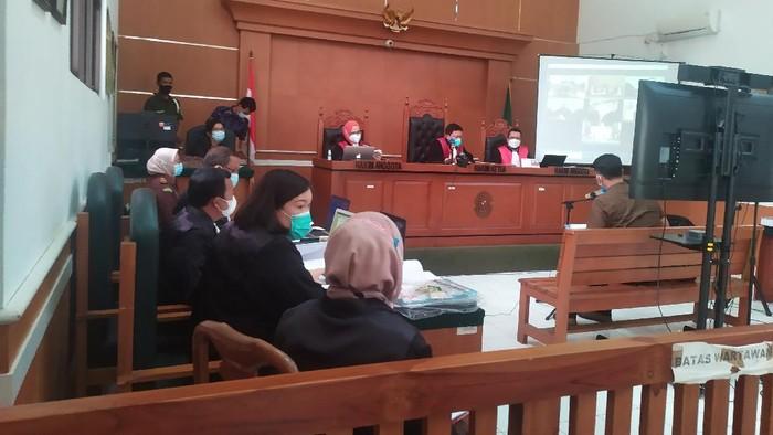 Sidang Syahganda Nainggolan di PN Depok (Luqman Nurhadi/detikcom)