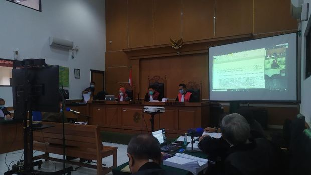 Ahli digital forensik Bareskrim, Herman Fransiskus di sidang Syahganda Nainggolan, di PN Depok, Jabar, Kamis (18/2/2021).