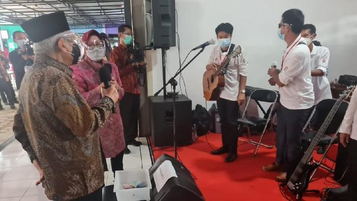 Wakil Presiden Maruf Amin meresmikan Sentra Kreasi Asistensi Rehabilitasi Sosial (ATENSI) di Balai Karya Pangudi Luhur Bekasi.