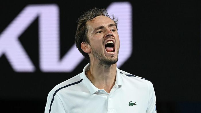 MELBOURNE, AUSTRALIA - FEBRUARY 19: Daniil Medvedev of Russia celebrates after winning a game in his Mens Singles Semifinals match against Stefanos Tsitsipas of Greece during day 12 of the 2021 Australian Open at Melbourne Park on February 19, 2021 in Melbourne, Australia. (Photo by Quinn Rooney/Getty Images)