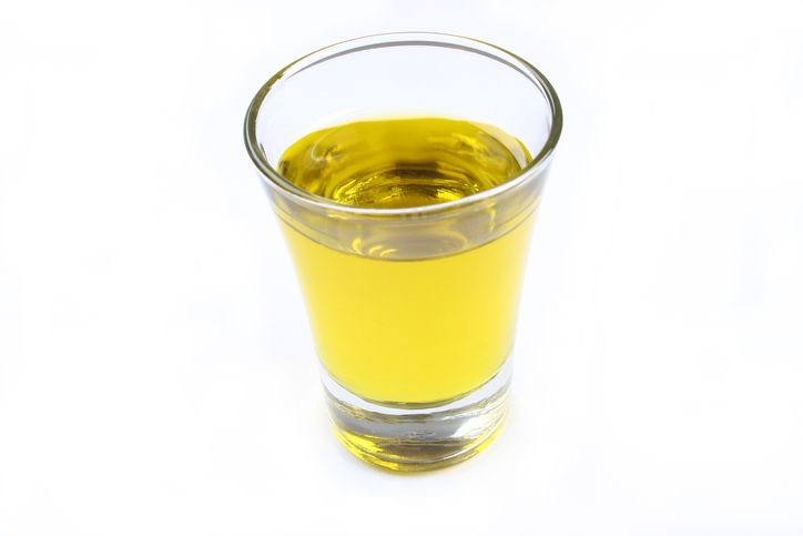 Duh! Wanita Ini Nekat Minum Urine karena Percaya Bisa Sembuhkan Covid-19