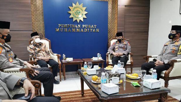 Kapolri Listyo bertemu Haedar Nashir di Kantor PP Muhammadiyah