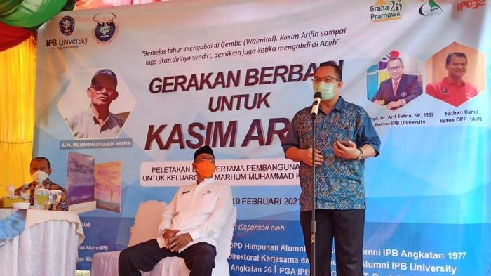 Kegiatan Gerakan Berbagi untuk Kasim Arifin