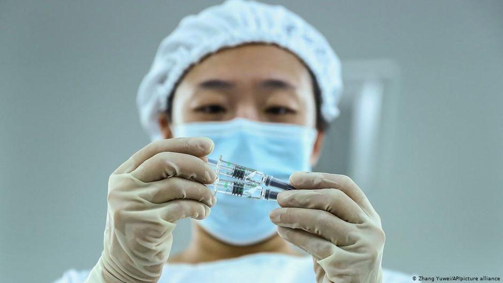 UE Terlalu Lambat, Negara Eropa Timur Andalkan Vaksin Rusia dan China