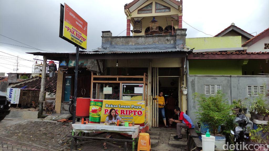 Nikmat! Bakso Lesanpuro Pak Ripto Semarang dengan Topping Iso hingga Babat