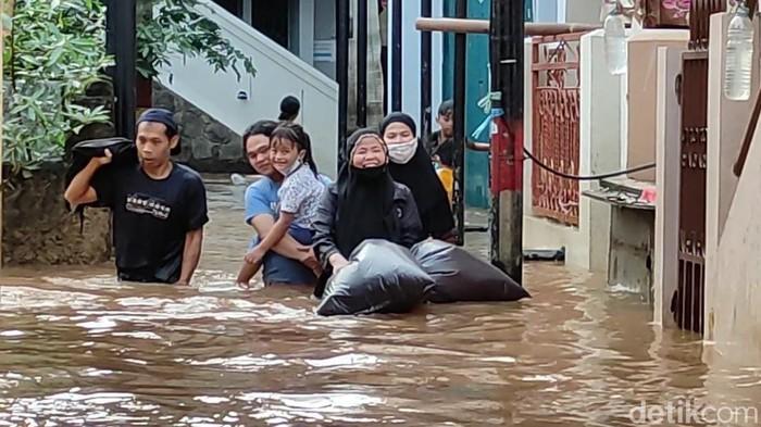 Banjir di Kebon Pala Jaktim (Karin/detikcom)