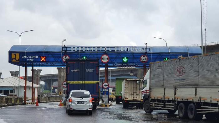 GT Cibitung 7 Jalan Tol Jakarta-Cikampek