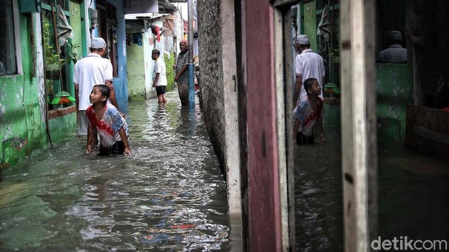 Tetap Sehat di Tengah Banjir