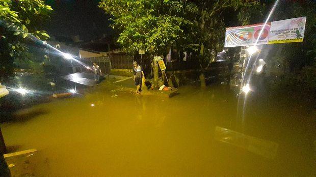 Banjir di Bumi Nasio Indah, Bekasi, mulai surut